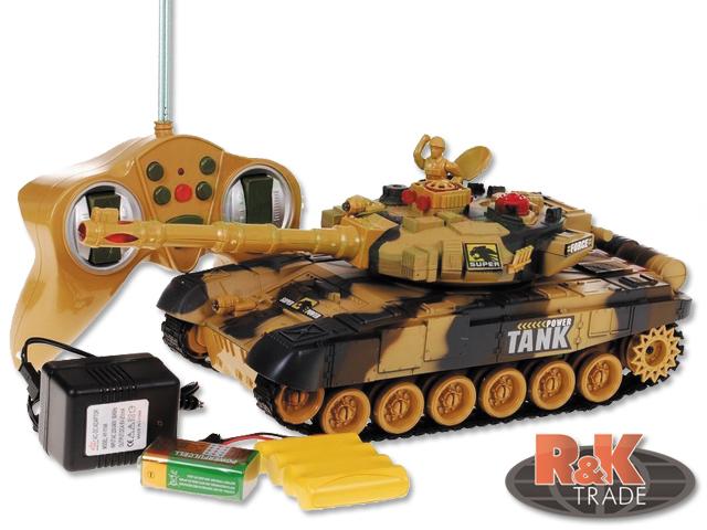 Vojenský tank na dálkové ovládání - jezdí a střílí - tanková bitva