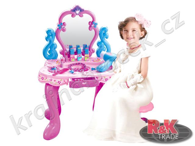 Krásný toaletní stoleček pro malé holčičky 008-86